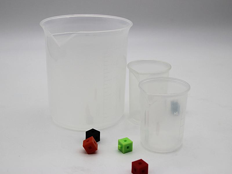 Plastic Beakers